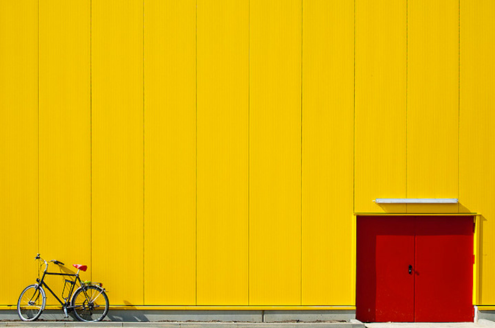 YellowWallandBike