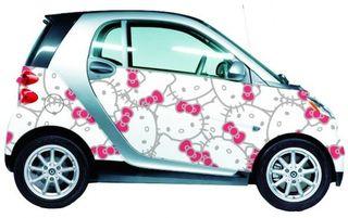 Hello-Kitty-Smart-Car-Wrap-Everywhere-White-583x3671