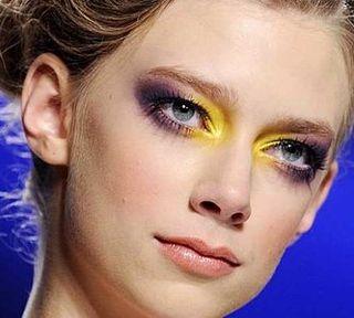 Yellow-eyeshadow-runway
