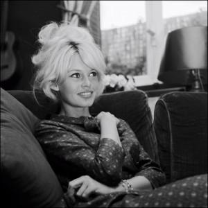 Brigitte-Bardot-unforgettable-beauty-and-Fashion-icon_fashionbyfashion